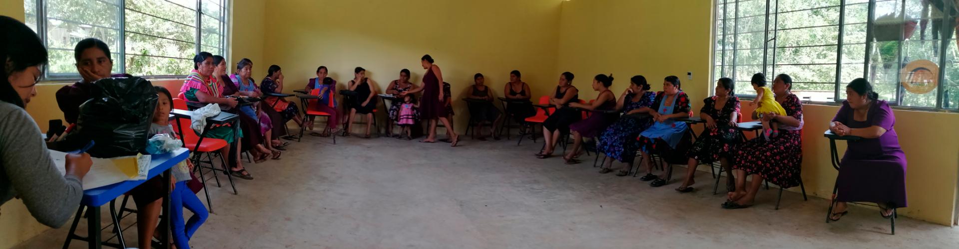 """Taller comunitario """"derecho de las mujeres"""""""